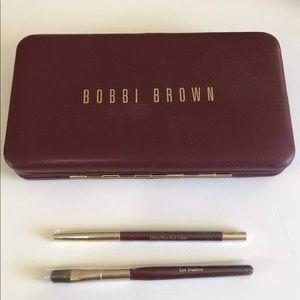 Bobbi Brown Brush's and Case